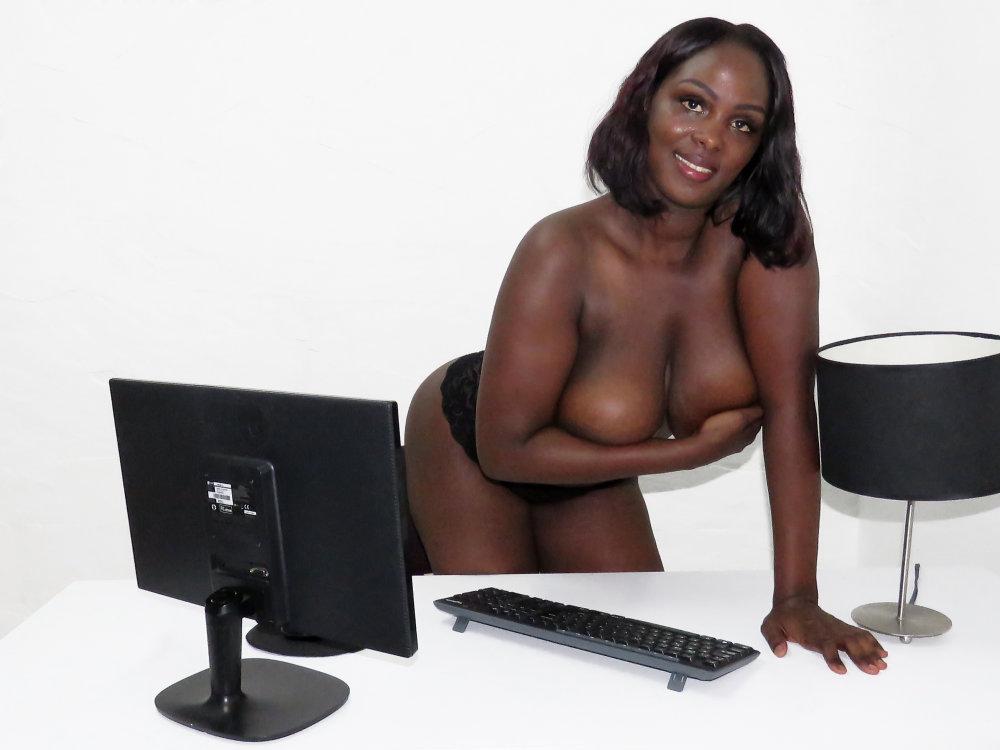 Laila_Coleman at StripChat