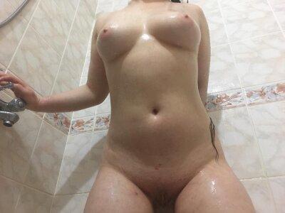 Angela_emily