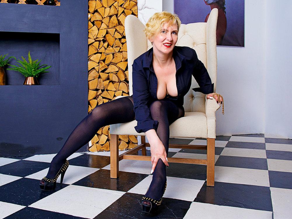 LyokaKrichka at StripChat