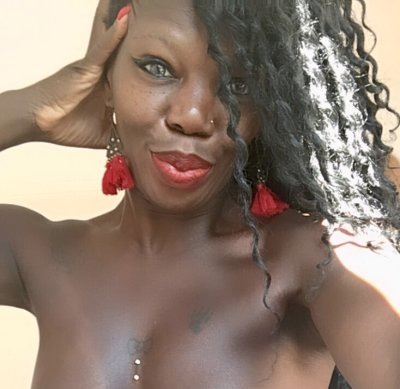 StripChat Queen_iyana chaturbate adultcams