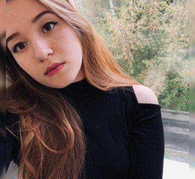 Kamila_Moore