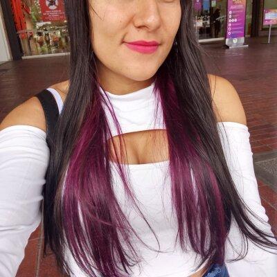 Mia_joones