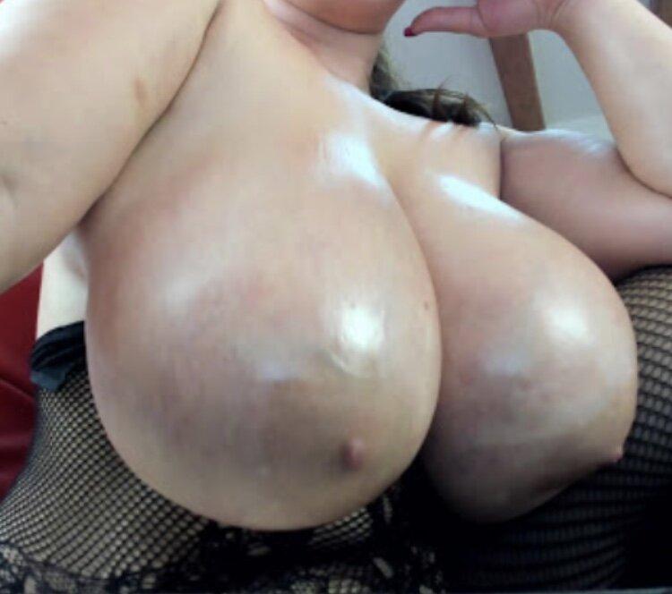 SweetyErica at StripChat