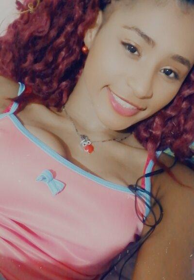 Ebony_danna