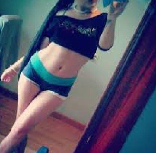 ivonne_petite at StripChat