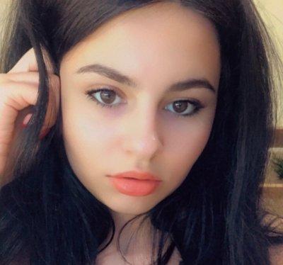 Gabrielle_Reyes