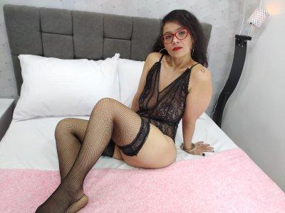 Natashahot75