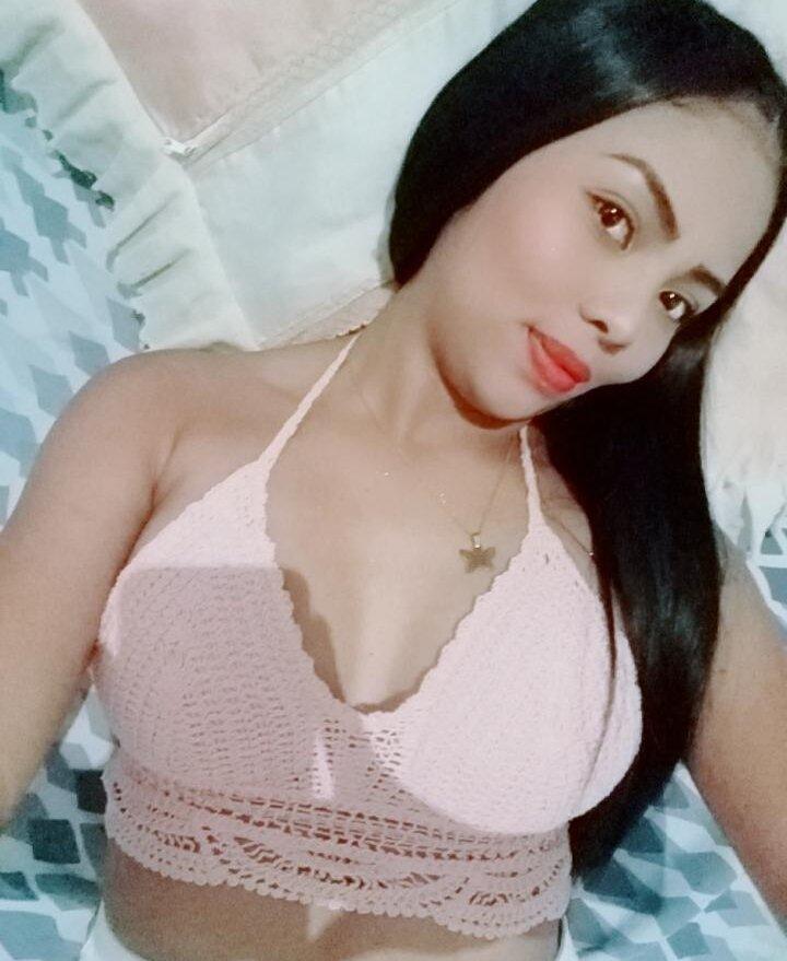 hot_princess18 at StripChat