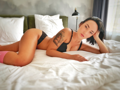 Adriana_Ray Cam