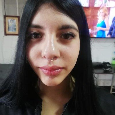 Victoria_Es Cam