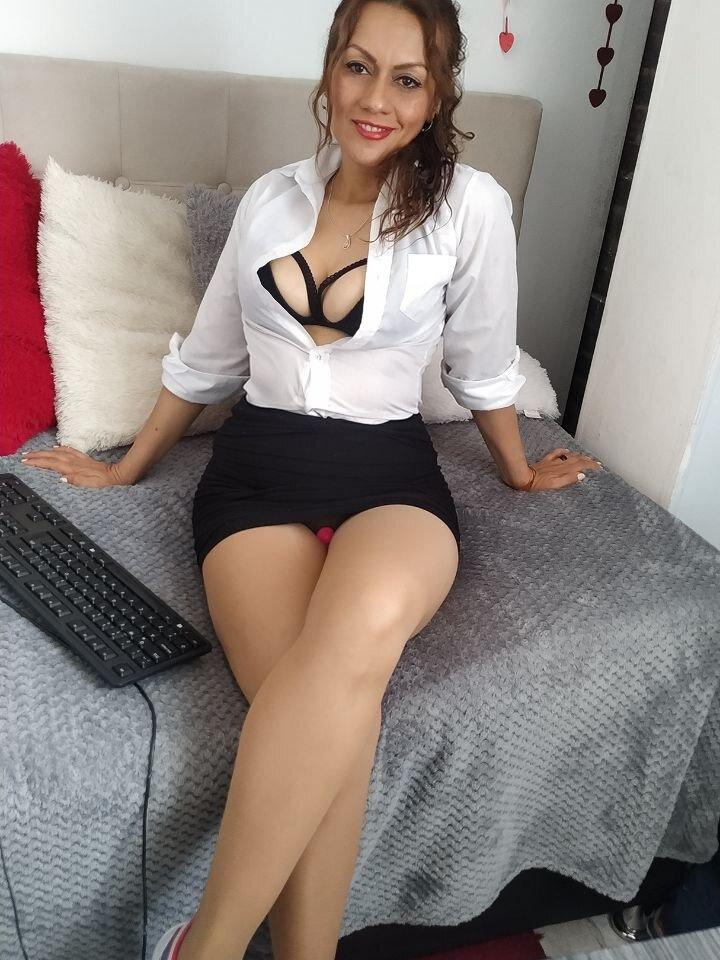 Brunella_Angel at StripChat