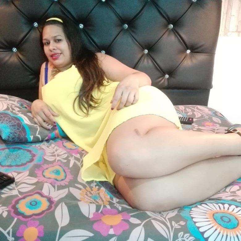 linda_slave4u at StripChat