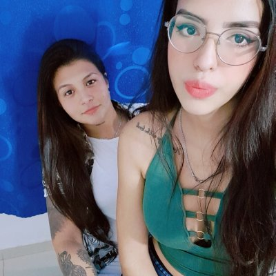 Amber_and_lynn