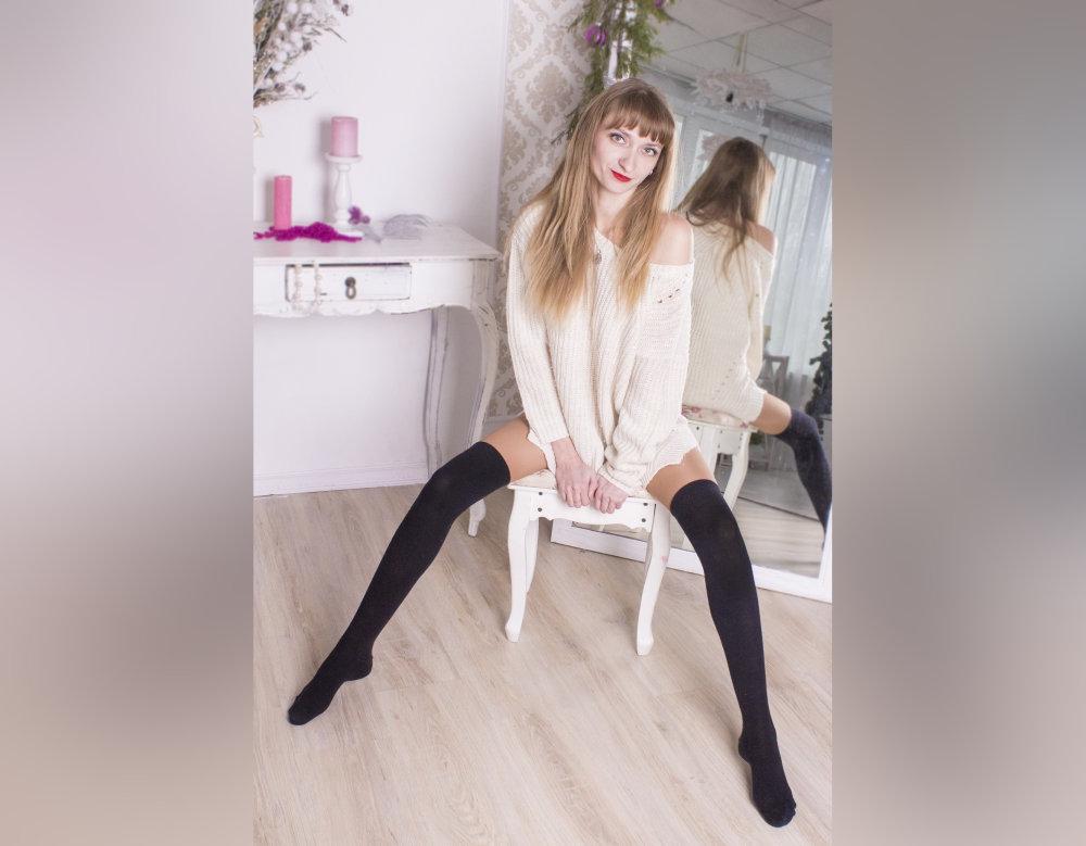 SueBlond at StripChat