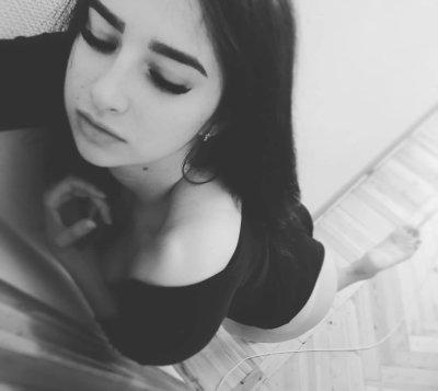 JiJi_Black