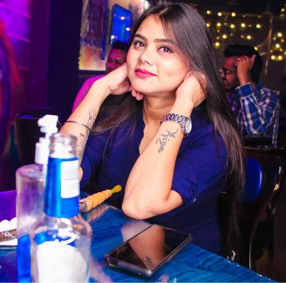 Rozi_Kapoor at StripChat