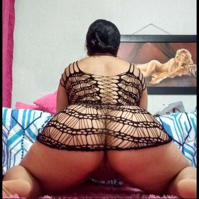 Lucero_hot_