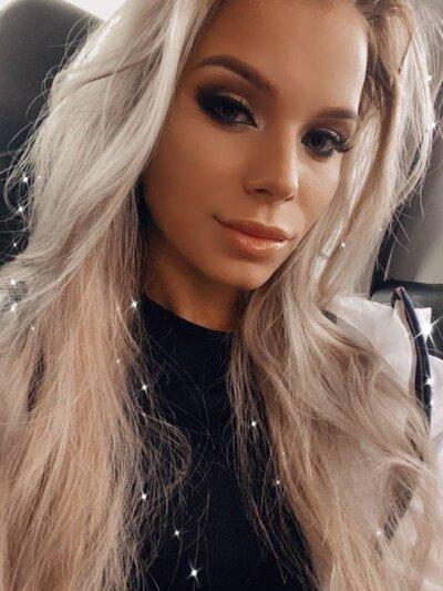 Leona_barbie