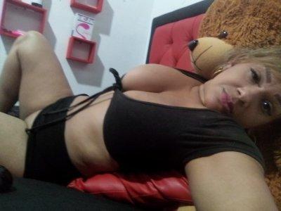 Valentina-Hott