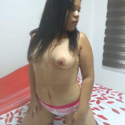 Mia_squirt19