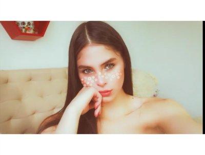Melany_24