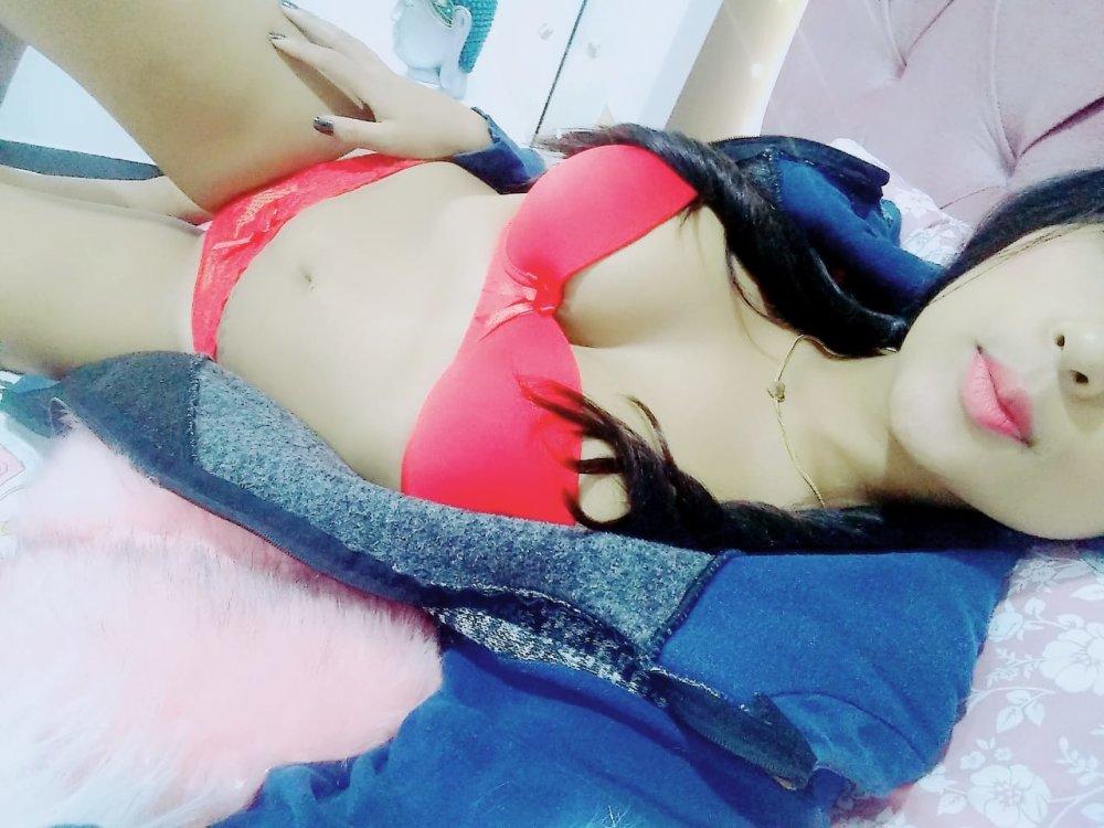 Annylemux1 at StripChat